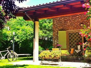 A CASA DI MANU B&B - Desenzano Del Garda vacation rentals