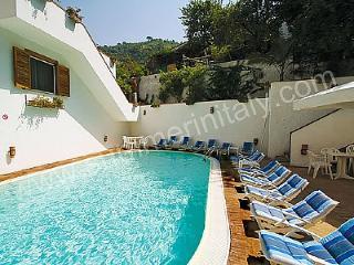 Casa Alloro A - Minori vacation rentals