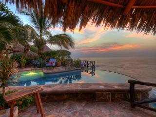 Casa Celeste, Mexican oceanfront 4 bedroom villa - Platanitos vacation rentals