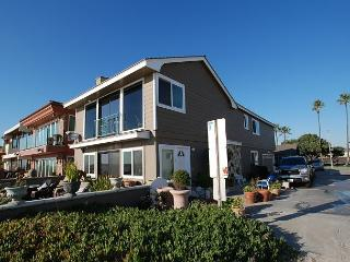 Spectacular Oceanfront Upper Unit, Shared Patio, Incredible Views! (68274) - Orange County vacation rentals
