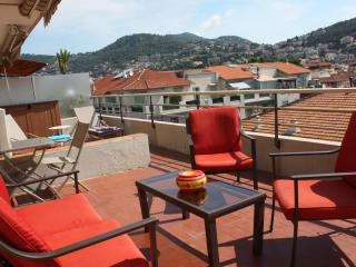 Le Philibert 3 Bedroom Apartment with a Grill and Terrace, in Nice - Nice vacation rentals