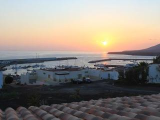 Aloha Ocean and sunset view house - Morro del Jable vacation rentals