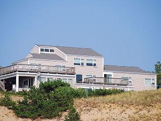 Truro classic Cape Cod beach style home on the bluff above Cape Cod Bay! - Truro vacation rentals