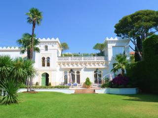 Grand Luxe- 10 Bedroom Luxury Holiday Home with Views of French Riviera - Biot vacation rentals