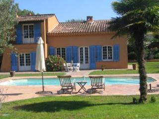 Amazing 4 Bedroom House with a Garden in St Tropez - Saint-Tropez vacation rentals