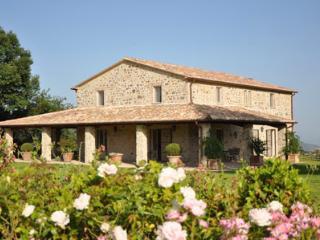 Il Granaio - Monteleone d'Orvieto vacation rentals
