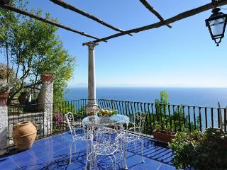 Dea - Minori vacation rentals