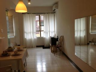 Short term rent, reputable clean studio unit in PJ - Petaling Jaya vacation rentals