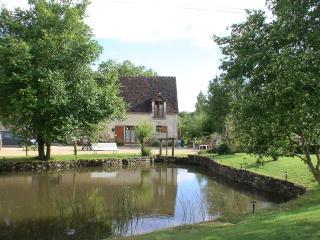 Gite 'Le Colvert' - Chemille Sur Indrois vacation rentals