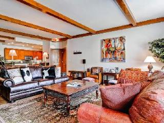 Bear Paw-A - Bachelor Gulch- Ski in/Ski out & luxurious amenities access - Beaver Creek vacation rentals