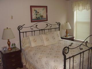 Master with King Bed - Gatlinburg Chateau - 3 Bedroom Condo (506) - Gatlinburg - rentals