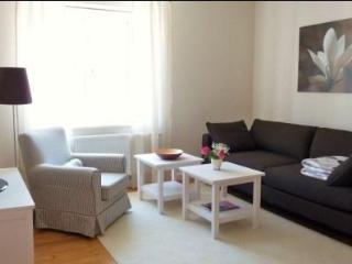 Vacation Apartment in Regensburg - 538 sqft, charming, comfortable, central (# 3646) - Regensburg vacation rentals