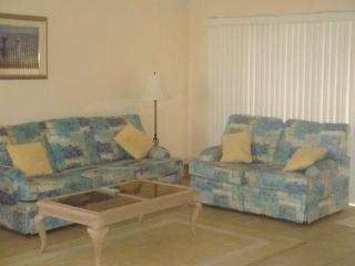 Escape to a Sunny & Beautiful Floridian retreat! - Fort Myers vacation rentals