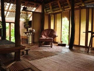 Muntinglupa Bungalow, a Serene Boracay Getaway - Boracay vacation rentals