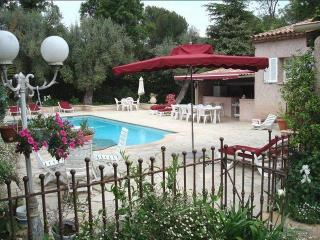 Lovely B&B, 3 Bedroom Antibes Vacation Rental - Juan-les-Pins vacation rentals