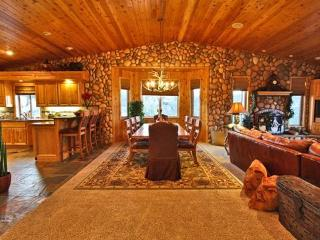 #076 The Starry Starry Night - Big Bear Lake vacation rentals