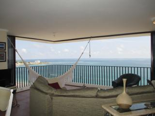 Salinas Beach Luxurious Apartment  with service. - Santa Elena Province vacation rentals