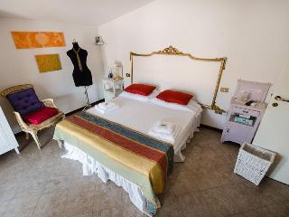 Wonderful apt in Mantova near Verona and Garda Lake - Borgoforte vacation rentals