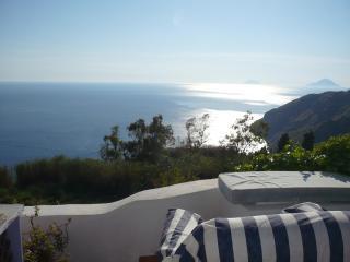 Romantic getaway cottage aeolian islands lipari - Gioiosa Marea vacation rentals
