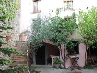 Casa Rural El Pati De L´Albera - Cabanes vacation rentals