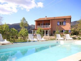 Comfortable Villa for holiday in the Provence - Lachau vacation rentals