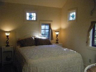 Woodstock In-town cottage - Catskills vacation rentals