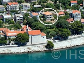 Apartman MIMAC Omis - Omis vacation rentals
