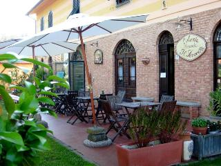 Fabulous Bed and Breakfast Near Lucca, Pisa, Pistoia and Florence - Bibbona vacation rentals