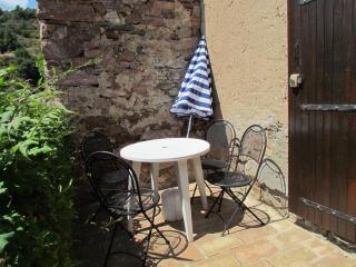 Les Cypres - Caunes-Minervois vacation rentals