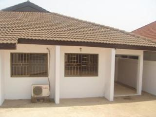 2bed rooms apartment at flower pot to let - Accra vacation rentals