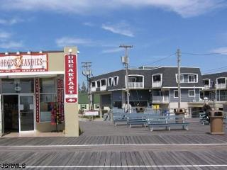 Stay at 7th and the Boardwalk in  Ocean City, NJ - Ventnor City vacation rentals