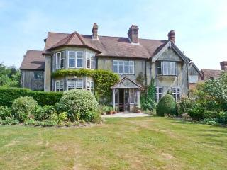 HOATH HOUSE large manor house, seven bedrooms, extensive grounds in Edenbridge Ref 22743 - Kent vacation rentals