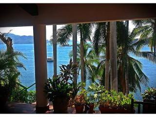 ~ SPECIAL ~ AWESOME in House CHEF ~  MANSION VILLA - Acapulco vacation rentals