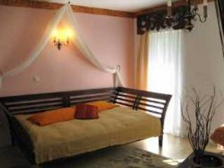 Vacation Apartment in Hoppegarten - 377 sqft, quiet, comfortable, central (# 3651) - Brandenburg vacation rentals