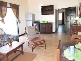 MARBLUE.Villa Suites/ Papaya Waters self contained - Treasure Beach vacation rentals