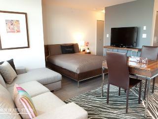 Vancouver Mezzo Vacation Suite - Montreal vacation rentals
