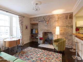 Rose Apartment - Edinburgh vacation rentals