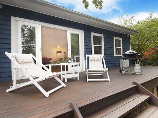 Poet's Cottage - Blue Mountains Tranquility - Wentworth Falls vacation rentals