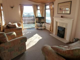 BORWICK HEIGHTS, South Lakes Leisure Village, Carnforth, South Lakes/Lancashire Border - Lancashire vacation rentals