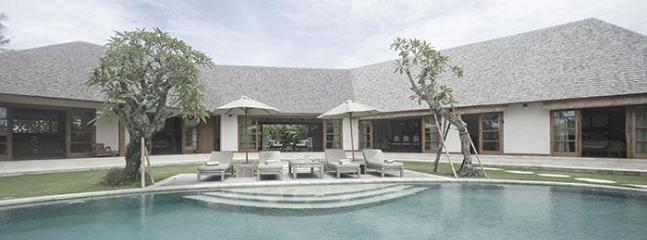 Villa Vayana - Walk to Echo Beach - Image 1 - Canggu - rentals
