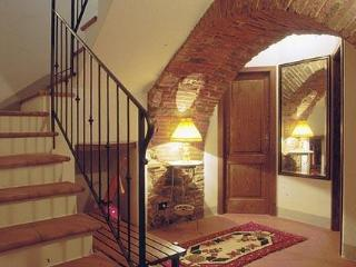 2 Bedroom Vacation Rental at Appartamento del Borgo - Cortona vacation rentals
