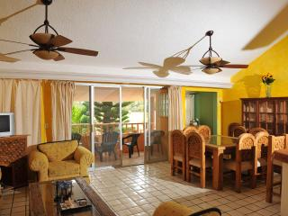 Beautiful Mexican Style Condo near the beach - Cancun vacation rentals