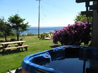 Hidden Harbour Vacation Rental - Heriot Bay vacation rentals