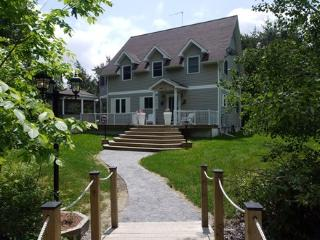 4 season- Big Rideau Vacation Home - Rideau Lakes vacation rentals