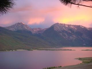 A Little TLC - Twin Lakes Cabin - South Central Colorado vacation rentals