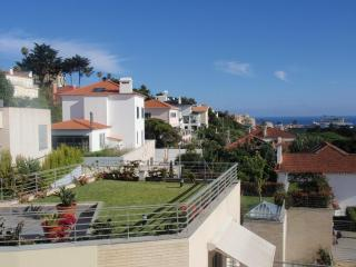 Heart of Estoril Apartment - Estoril vacation rentals