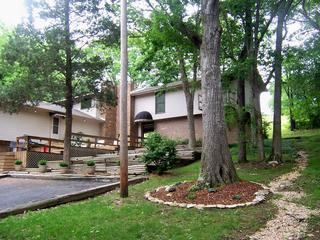 Front of Property (2 cabins) - Lovely Lake House at Old Hickory Lake - Nashville - rentals