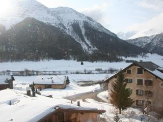 Cosy Apt. with open fireplace close to Sankt Morit - Saint Moritz vacation rentals
