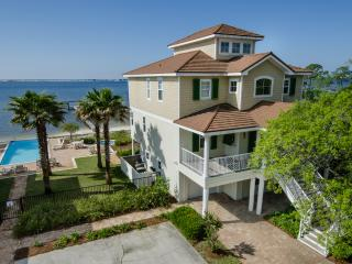 Unique Sound-Front Home With Great Amenities - Navarre vacation rentals