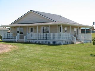 Captain's Rest of Darnley/Thunder Cove - Darnley vacation rentals